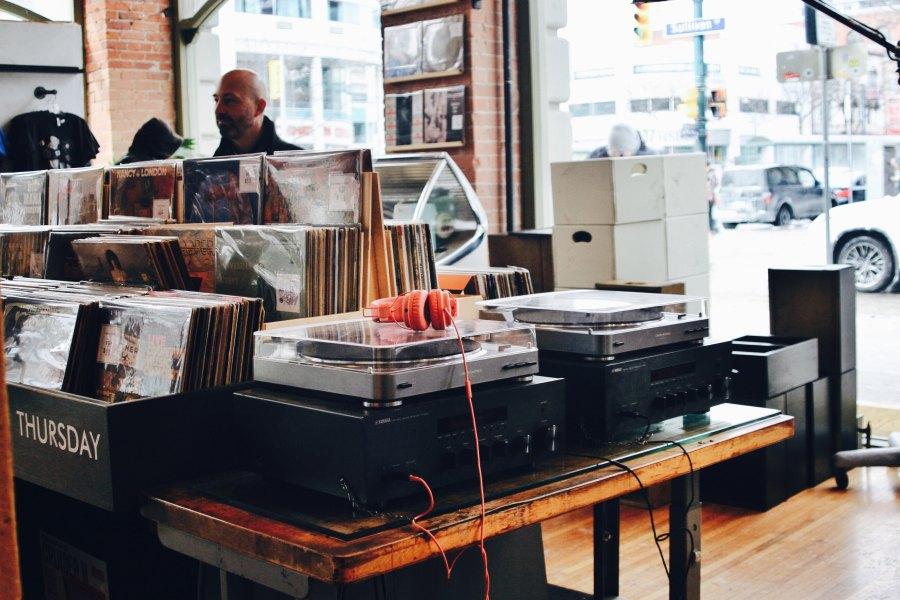 Vinyl Shop Mirta Fratnik Unsplash